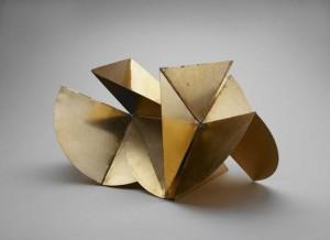 Lygia Clark, Bicho (Máquina), Anodized aluminum, 21 x 35 1/2 x 21 1/2 inches (variable), 1962