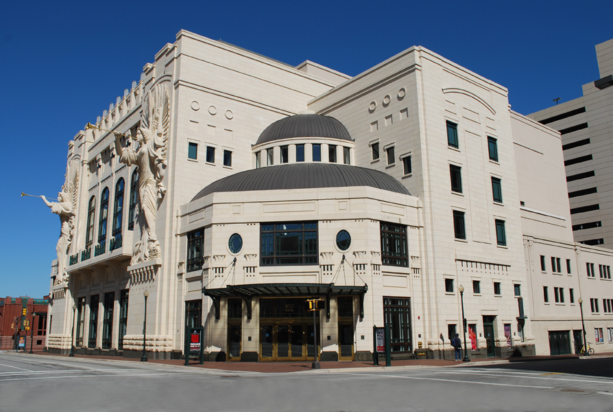 Bass Performance Hall, 1998, David Swartz, 525 Commerce St., Downtown. Designed like the classic European opera houses, the 2,000 seat performance hall is known for its superior acoustics. The 48-foot trumpeting angels by Marton Varo are sculpted out of Texas limestone.