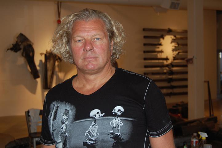 Icelandic sculptor Gudjon Bjarnason (DRG)