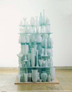 Tony Cragg, Eroded Landscape, glass, 252x150x150, 1998, photo Simone Gänsheimer