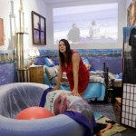 Artist Marni Kotak Has Baby in Gallery, Controversy Ensues