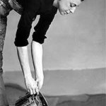Stain Painter Helen Frankenthaler Dies at 83