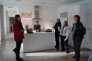 Donna Simon (left), David Shelton (center) greet art tour group