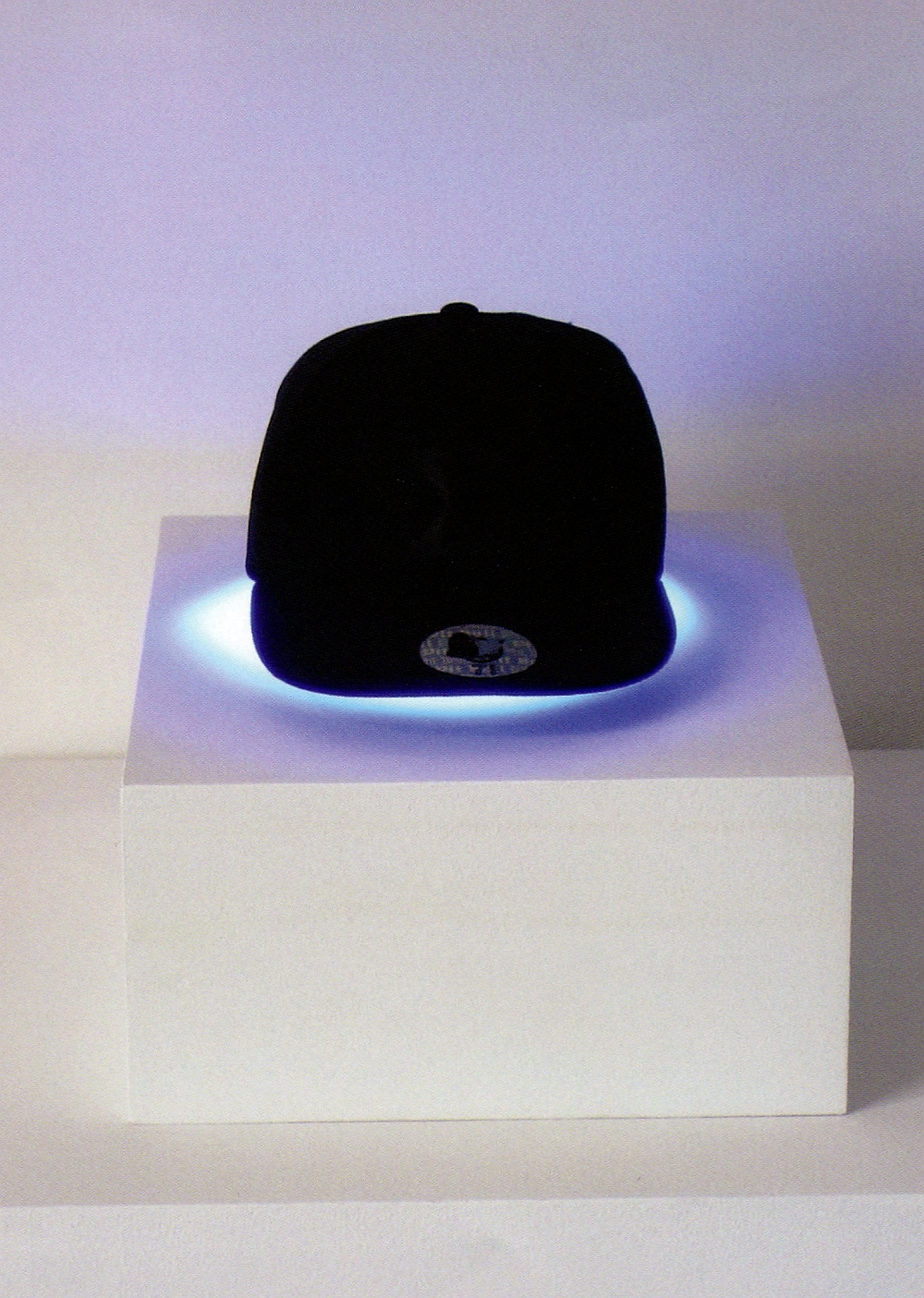 Robert Pruitt, Thinking Cap, cap, fluorescent light, 2011