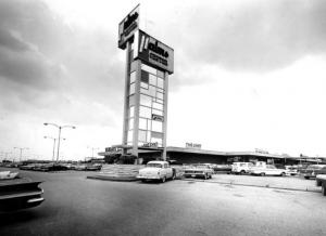 Palm Center, 1965