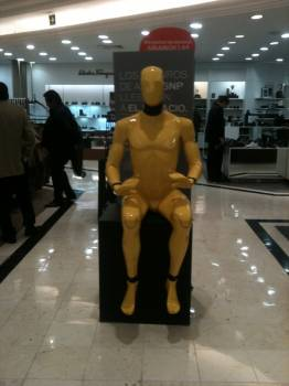 Yellow mannequin robot man, Palacio de Hierro, Mexico City