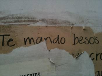 Te mando besos (I send you kisses), seen on calle Monterrey, Mexico City