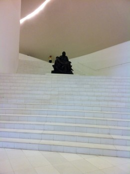 Partial view of the grand staircase of the Soumaya with Michelangelo&#039;s Pieta situated in a break in the stairs