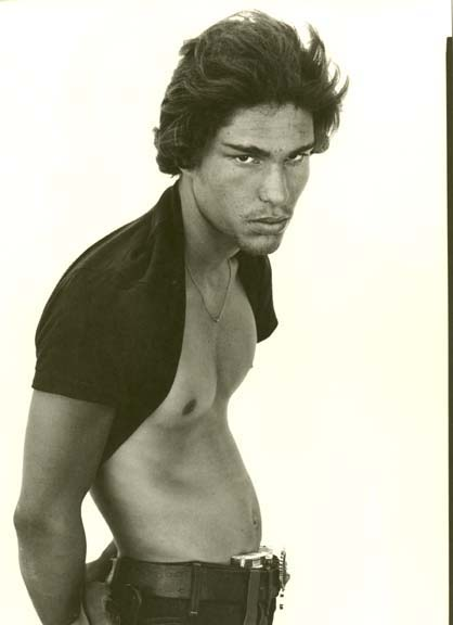 Slightly cropped copy of Avedon's picture of Juan Patricio Lobato