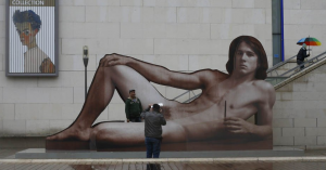 """""""Mr Big"""" by Austrian artist Ilse Haider outside the Leopold Museum"""