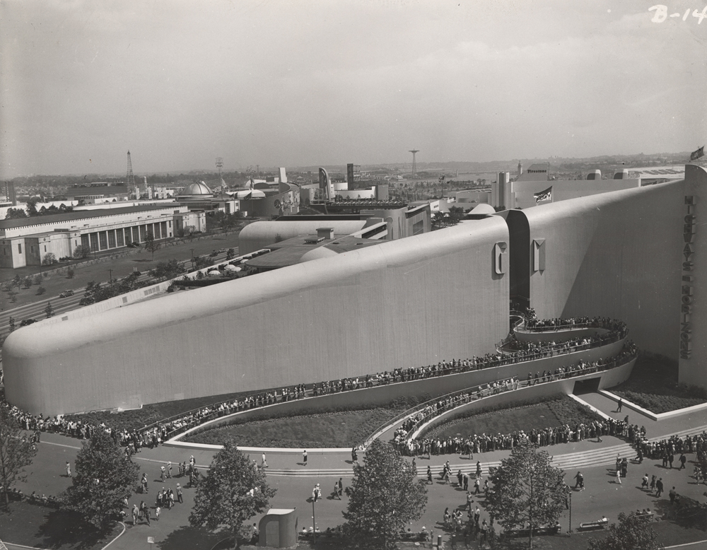 General Motors Building Exterior at 1939 New York World's Fair, Unidentified photographer, ca. 1939.  General Motors LLC. Used with permission, GM Media Archives.