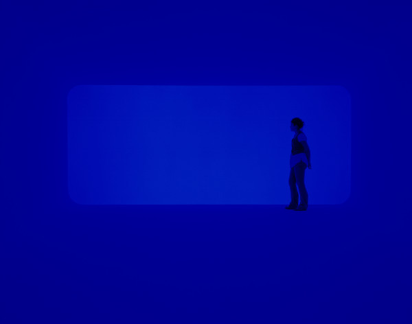 End Around: Ganzfeld, 2006, neon and fluorescent light, (2007 installation at Pomona College Museum of Art, Claremont, California), the Museum of Fine Arts, Houston, gift of the estate of Isabel B. Wilson in memory of Peter C. Marzio. © James Turrell / Photograph by Florian Holzherr