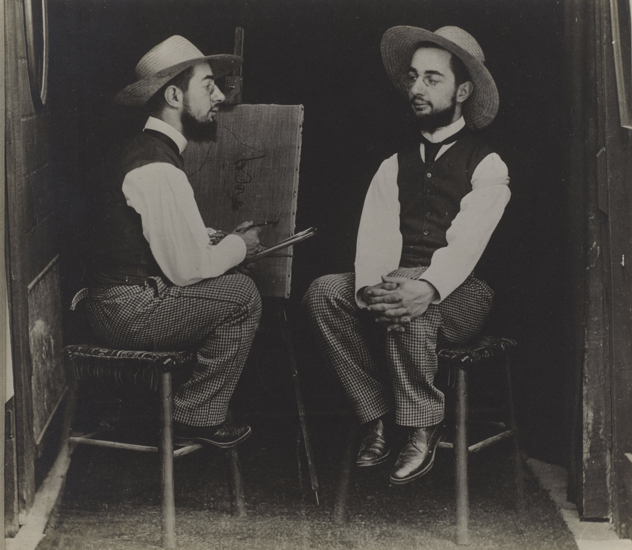 Maurice Guibert, Henri de Toulouse-Lautrec as Artist and Model, c. 1900, gelatin silver print, Philadelphia Museum of Art
