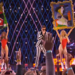 Picasso Twerks at VMAs!