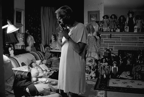 LaToya Ruby Frazier, Grandma Ruby Smoking Pall Malls, from the series Notion of Family, 2002