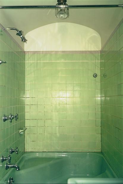 William Eggleston (b. 1939) Untitled (Memphis), 1970. Dye imbibition print © Eggleston Artistic Trust. Courtesy Cheim & Read, New York. The Museum of Modern Art, New York. John Parkinson III Fund
