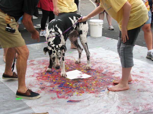 Bring your dog to the South Florida Art Show and get a paw painting. Image found here.