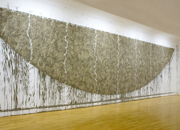 richard Long firth of Forth Mud Arc, 2007