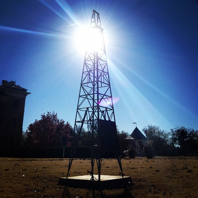 Commemorative statue of the first producing oil well in West TX, in Albany's town square