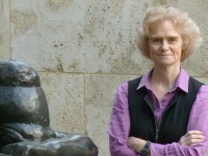 Laure de Margerie of UTD's French Sculpture Census