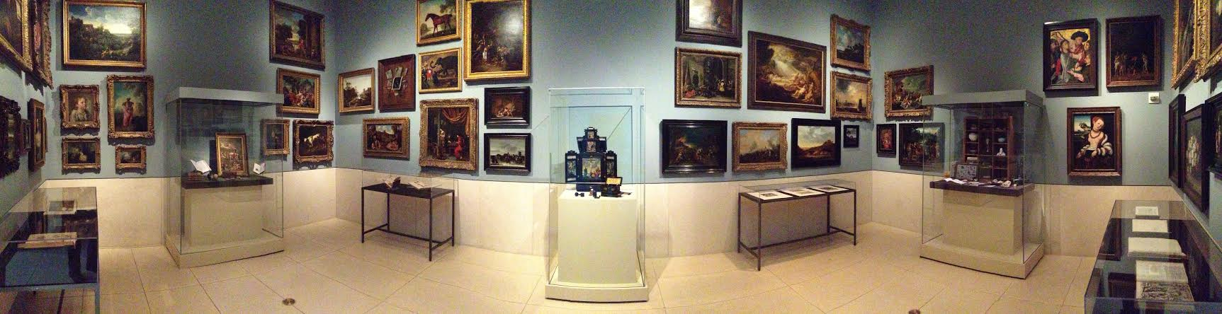 Dueling Cabinets of Curiosities: the Menil and the MFAH – Glasstire