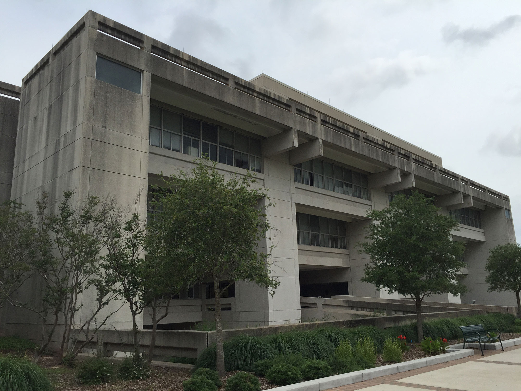 the cult of memory at texas a m glasstire am brutalist2