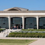 "Amon Carter Throws a Big Public Party on its New ""Porch"""
