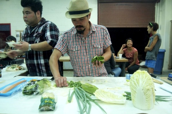 Cook for You, Cook for Me, 2008 (ongoing), photo from 2014 performance at the University of Hawaii at Mānoa
