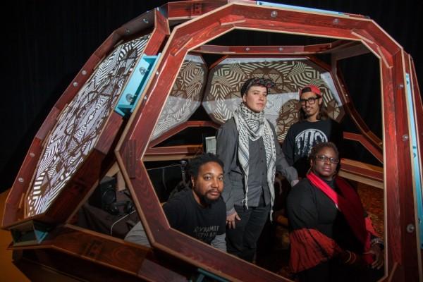 Photo: Kim Leeson viatheaterjones.com