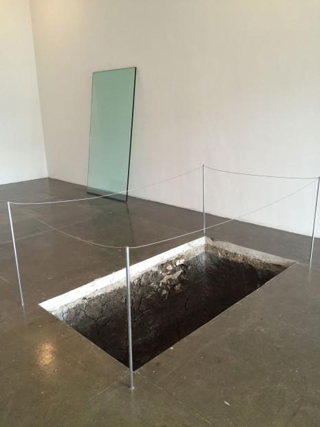 Adriana Corral, Under Erasure Sous Rature, 2016, installation view