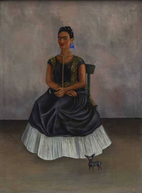 Frida Kahlo, Itzcuintli Dog with Me (Perro Itzcuintli conmigo), c. 1938, oil on canvas (óleo sobre tela), Private Collection © 2017 Banco de México Diego Rivera Frida Kahlo Museums Trust, Mexico, D.F. / Artists Rights Society (ARS), New York