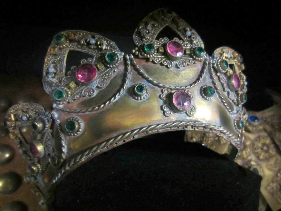 Reel Glamour: Jewelry from the Paramount Archive | Glasstire