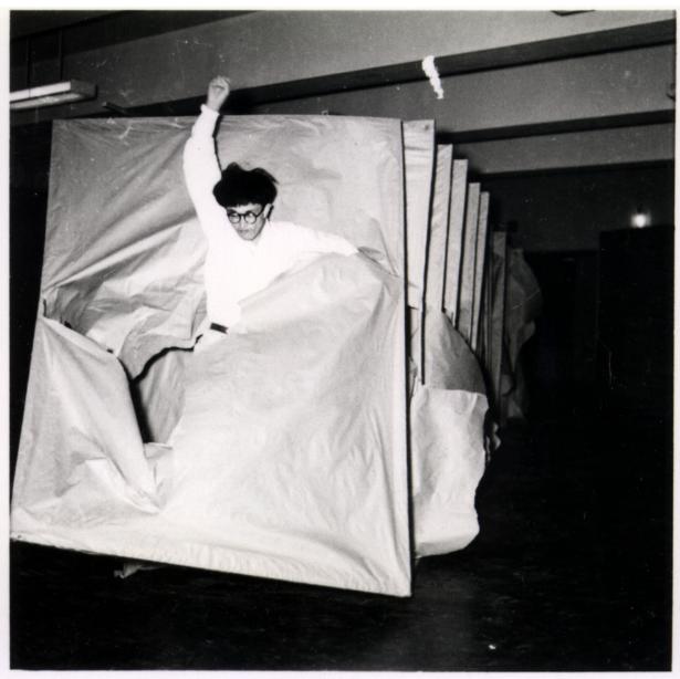 Murakami-Saburō-Passing-Through-1956-Courtesy-Guggenheim