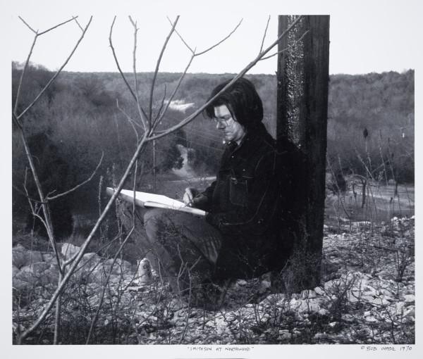 Robert Wade, Robert Smithson drawing at Northwood Institute, 1970. Photo courtesy of Robert Wade, Austin, Texas