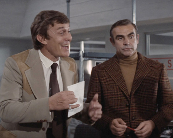 Jimmy Dean (as reclusive Texas billionaire Willard Whyte) and Sean Connery in Diamonds are Forever