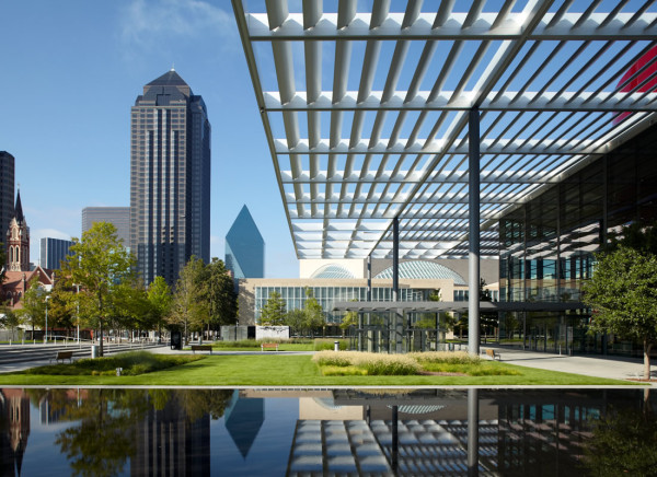 Downtown_Dallas_Arts_District