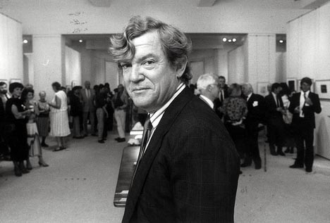 Robert Hughes, 1986