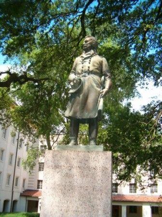 albert sidney johnston statue ut austin