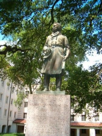 albert sidney johnston statue ut austin