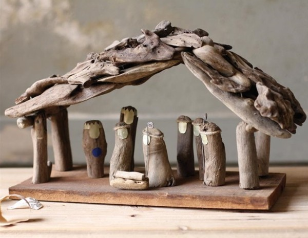 driftwood nativity