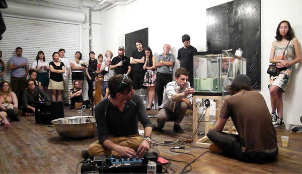 Ruppe-Gregory-sound-performance-at-gallery-homeland-for-the-opening-of-kokomo-2015