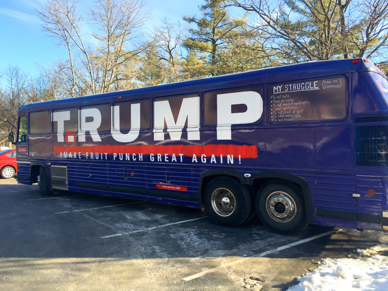 T.RUMP-Bus