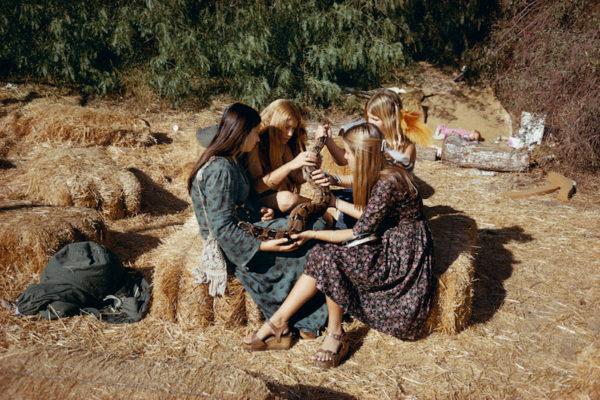 Mitch Epstein, Topanga Canyon, California, 1974.