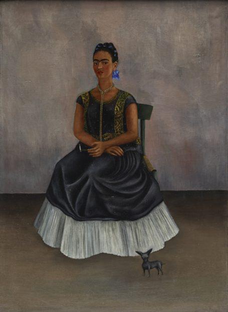 Frida Kahlo, Itzcuintli Dog with Me (Perro Itzcuintli conmigo), c. 1938, oil on canvas (óleo sobre tela), Private Collection © 2017 Banco de México Diego Rivera Frida Kahlo Museums Trust, Mexico, D.F. / Artists Rights Society (ARS), New York