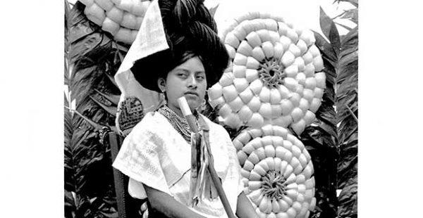 Fotografía y Nuevos Medios: Selections from the Permanent Collection