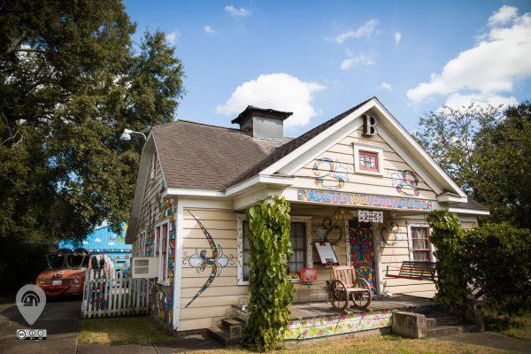 Bonnie Blue Weird Homes Tour art house