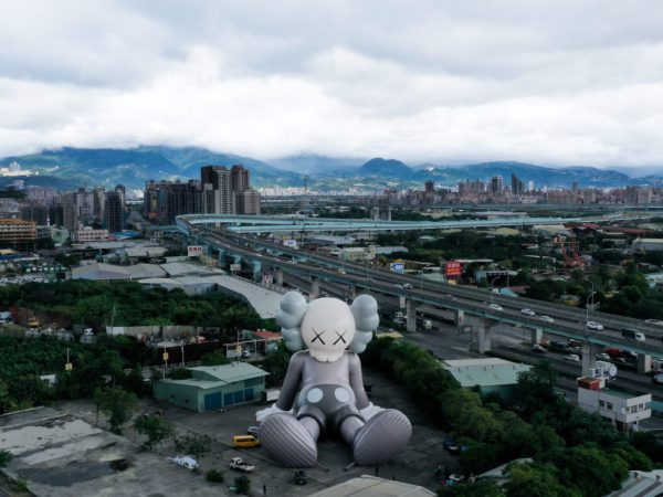 KAWS inflatable holiday sculpture in Taipei