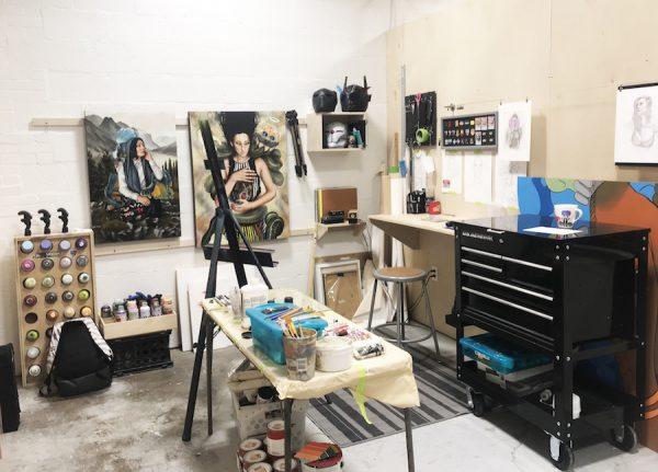 Hatziel Flores' studio