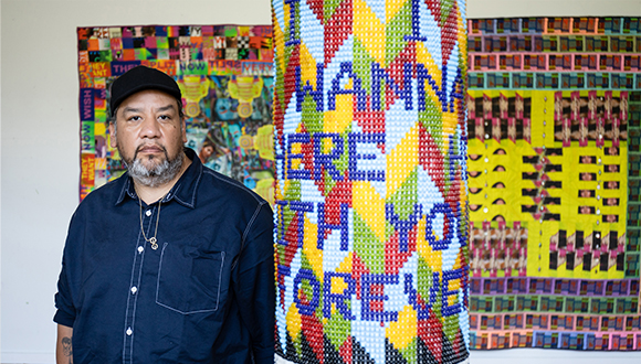 Artist-Jeffrey-Gibson-Wins-A-MacArthur-Prize-in-2019