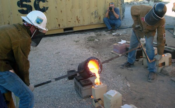 One of Greg Reuter's iron pours in progress